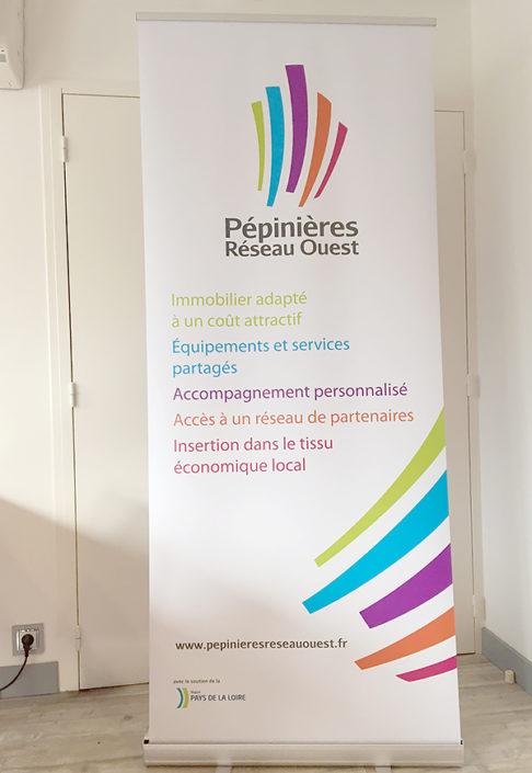 Kakémono pour le Réseau Creatic, pépinières d'entreprises Nantes, kakémono promotionnel Nantes 44