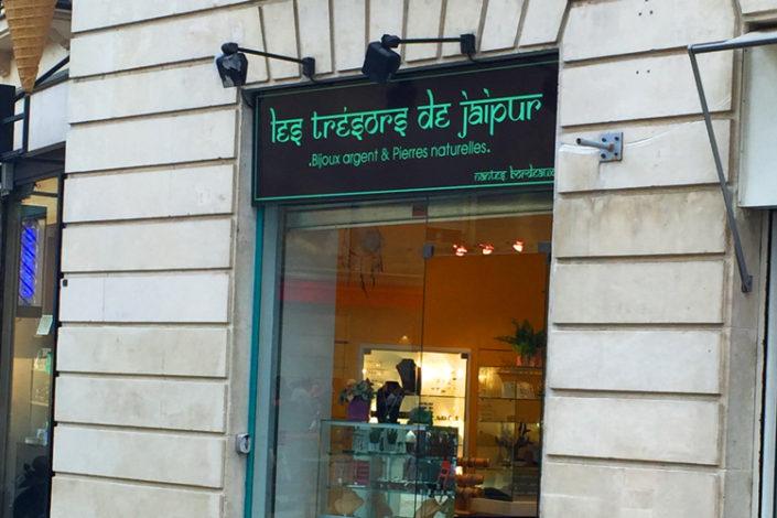 Enseigne dibond alu bijouterie Les Trésors de Jaipur Place Royale Nantes