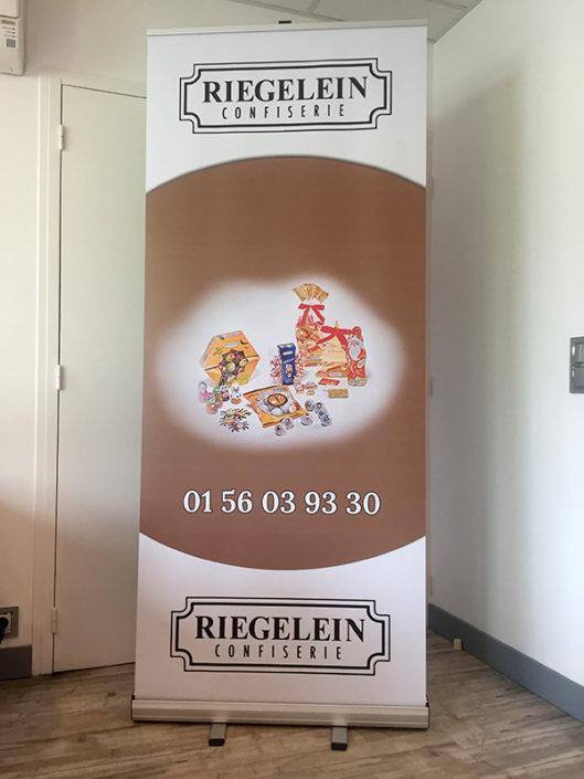 Roll-up pour le stand d'exposition Riegelein Confiserie pour un salon à Nantes 44