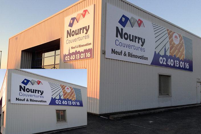 Toile grand format 11M X3M et 3M X 3M posée sur cadre alu, rond point de Viais Société Nourry couvertures