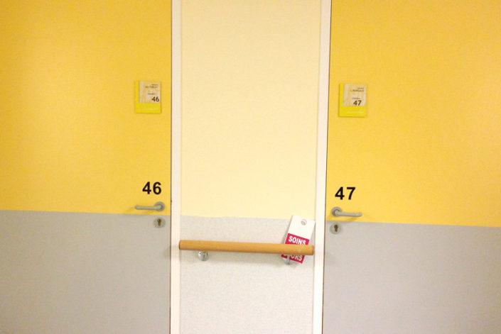 Numéro de chambre découpé avec relief pour PMR - Maison de Retraite Bouguenais PRO BTP