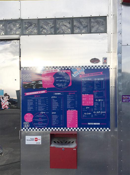 Affichage panneau Dibond® pour menu extérieur au restaurant le Caddy's Diner à Nantes