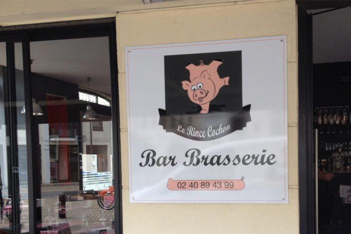 Panneau Dibond® pour Le Rince Cochon proche quartier Viarme à Nantes