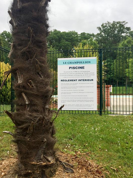 Panneau pour piscine à usage réglementé copropriété