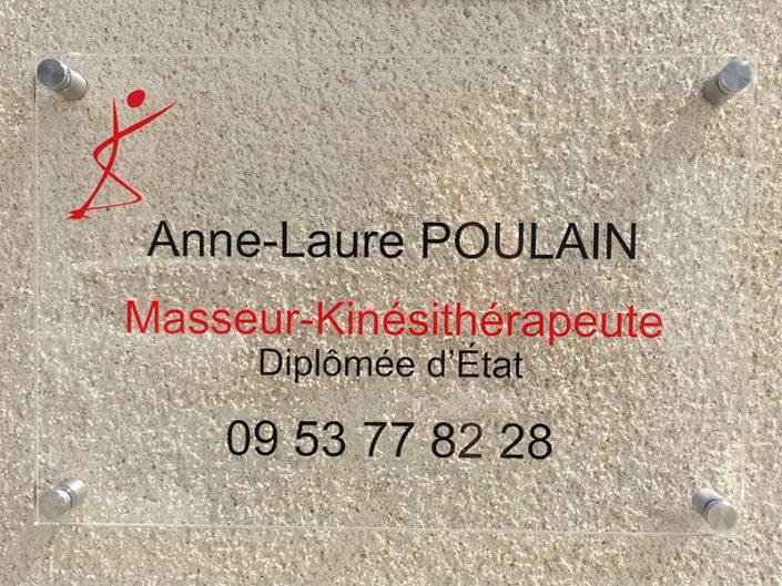 Plaque de Plexiglas® pour un professionnel à Nantes Sud