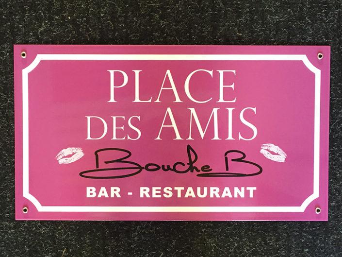Plaque personnalisée pour cadeau souvenir - Bouche B à Nantes (44)