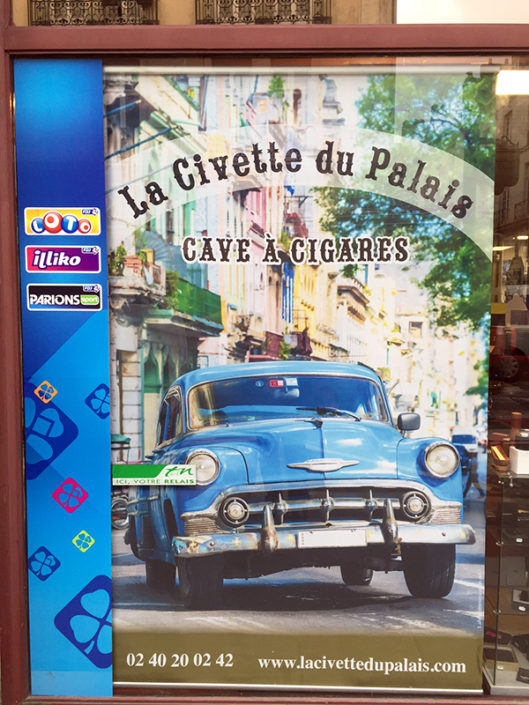 Habillage de stand et vitrine, tissu décoratif traité M1 La Civette du Palais Nantes