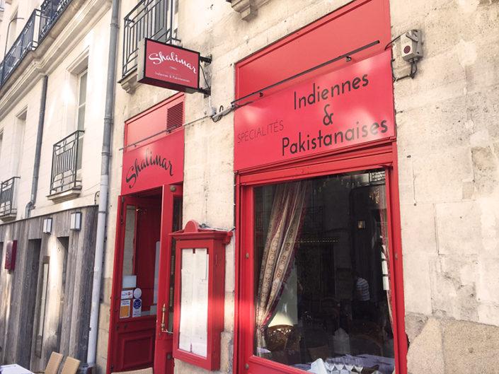 Rénovation de l'enseigne et la façade du restaurant Shalimar, quartier Graslin à Nantes (44)