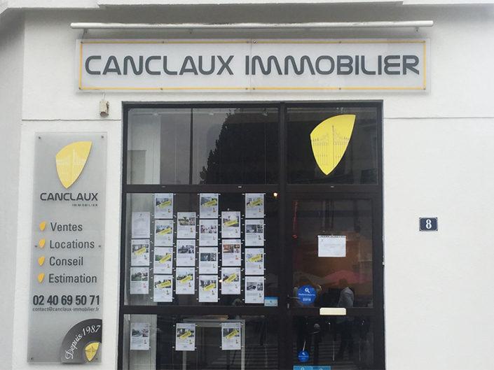 Pose de l'enseigne pour Canclaux Immobilier à Nantes (44)